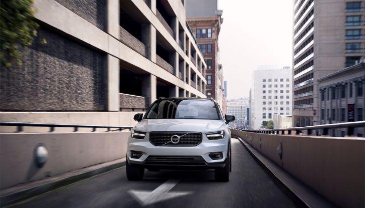 Volvo XC40: nel 2020 arriva la versione 100% elettrica - Foto 19 di 38