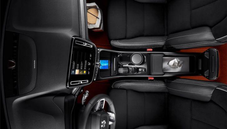 Volvo XC40: nel 2020 arriva la versione 100% elettrica - Foto 35 di 38