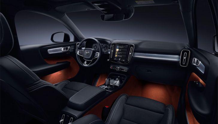 Volvo XC40: nel 2020 arriva la versione 100% elettrica - Foto 34 di 38
