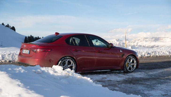 Prova su strada Alfa Romeo Giulia Quadrifoglio, la macchina perfetta! - Foto 7 di 48