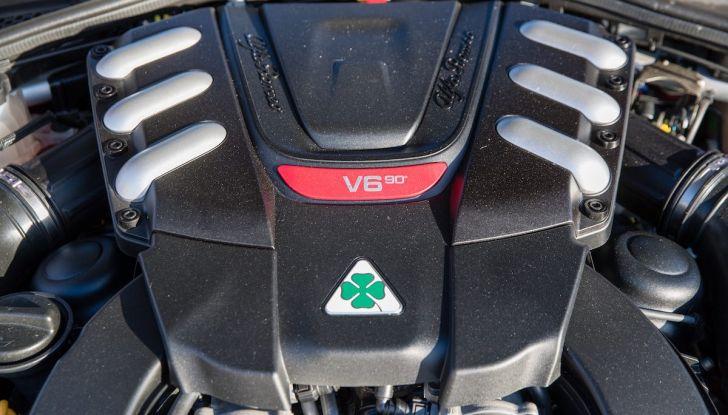Prova su strada Alfa Romeo Giulia Quadrifoglio, la macchina perfetta! - Foto 15 di 48