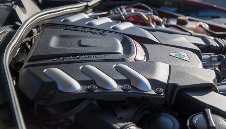 Prova su strada Alfa Romeo Giulia Quadrifoglio, la macchina perfetta! - Foto 17 di 48