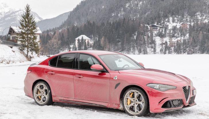 Prova su strada Alfa Romeo Giulia Quadrifoglio, la macchina perfetta! - Foto 1 di 48