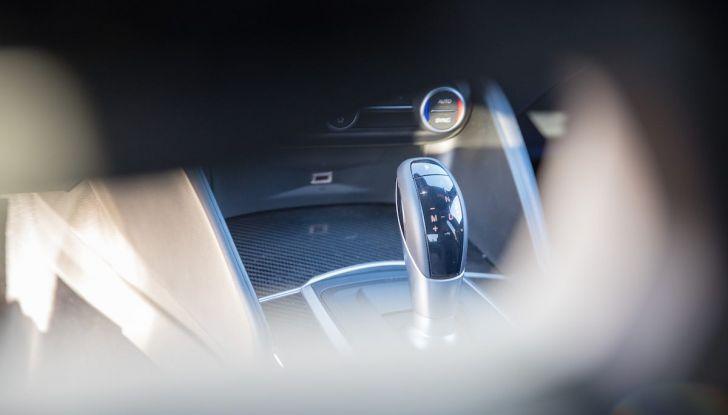 Prova su strada Alfa Romeo Giulia Quadrifoglio, la macchina perfetta! - Foto 9 di 48