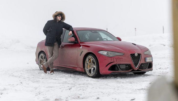 Prova su strada Alfa Romeo Giulia Quadrifoglio, la macchina perfetta! - Foto 33 di 48