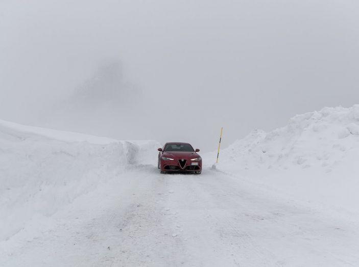 L'Alfa Romeo Giulia Coupé potrebbe vedere la luce nel 2019 - Foto 35 di 48