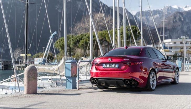 Prova su strada Alfa Romeo Giulia Quadrifoglio, la macchina perfetta! - Foto 43 di 48