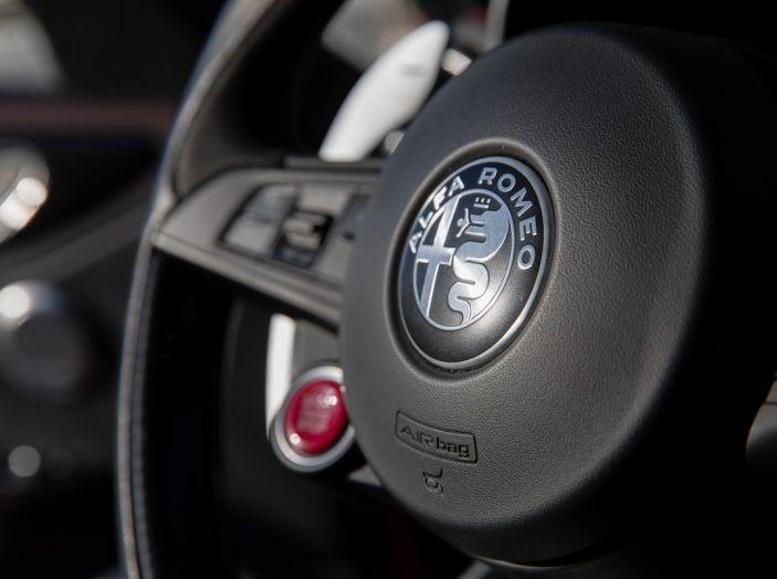 L'Alfa Romeo Giulia Coupé potrebbe vedere la luce nel 2019 - Foto 12 di 48