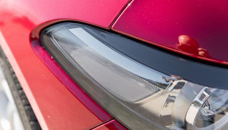 Prova su strada Alfa Romeo Giulia Quadrifoglio, la macchina perfetta! - Foto 47 di 48