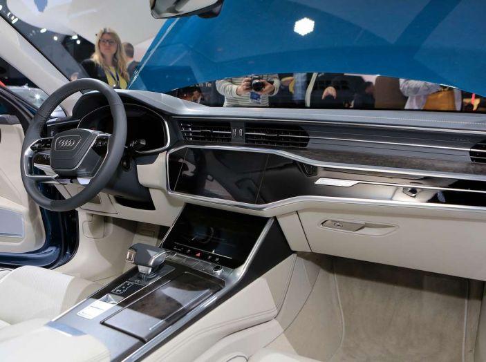 Audi A6 2018 berlina: tecnologia e stile a Quattro Anelli - Foto 7 di 13