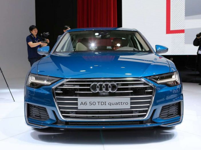 Audi A6 2018 berlina: tecnologia e stile a Quattro Anelli - Foto 2 di 13