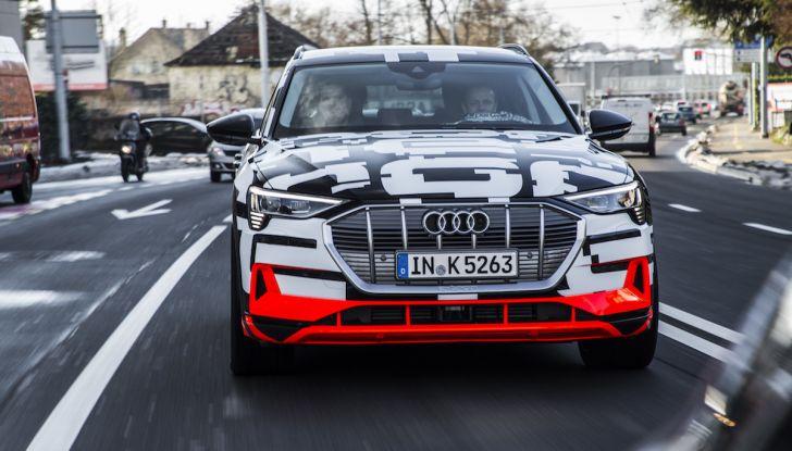 Audi e-tron, il SUV elettrico si prenota online - Foto 18 di 31
