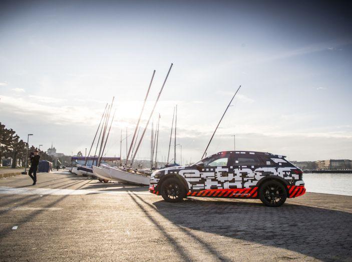 Audi e-tron, il SUV elettrico si prenota online - Foto 21 di 31