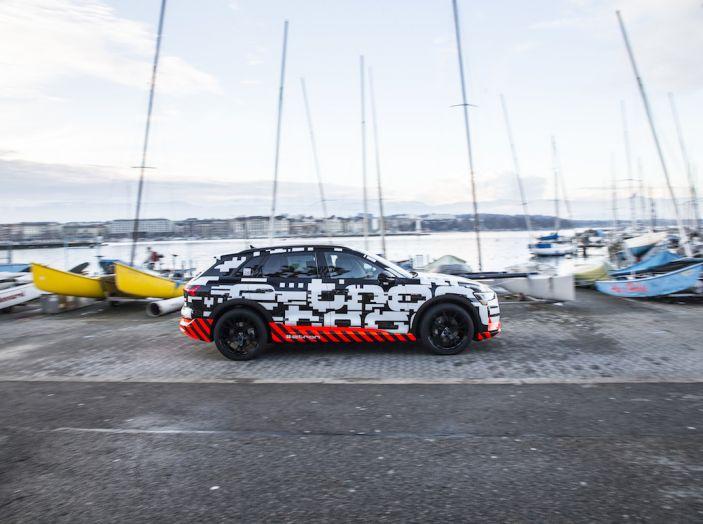 Audi e-tron, il SUV elettrico si prenota online - Foto 5 di 31