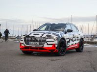 Audi pronta per il SUV elettrico e-Tron dal 2018
