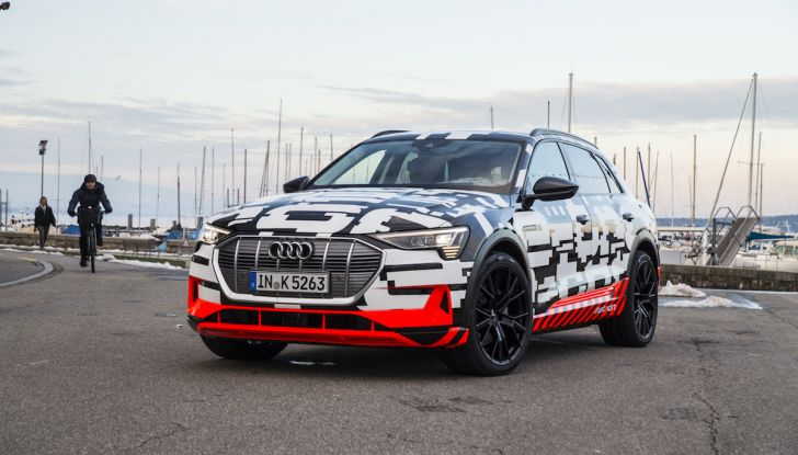 Audi e-tron, il SUV elettrico si prenota online - Foto 2 di 31