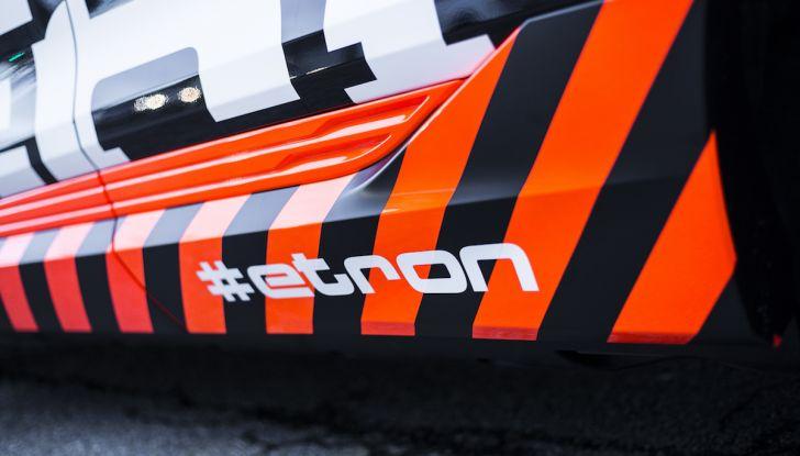 Audi e-tron, il SUV elettrico si prenota online - Foto 28 di 31