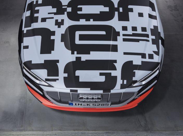Audi e-tron, il SUV elettrico si prenota online - Foto 10 di 31