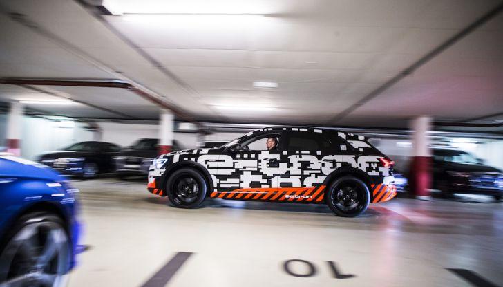 Audi e-tron, il SUV elettrico si prenota online - Foto 15 di 31
