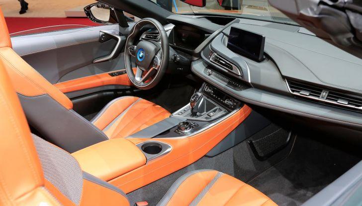 BMW i8 Roadster 2018: Caratteristiche, prezzi e prestazioni - Foto 4 di 9