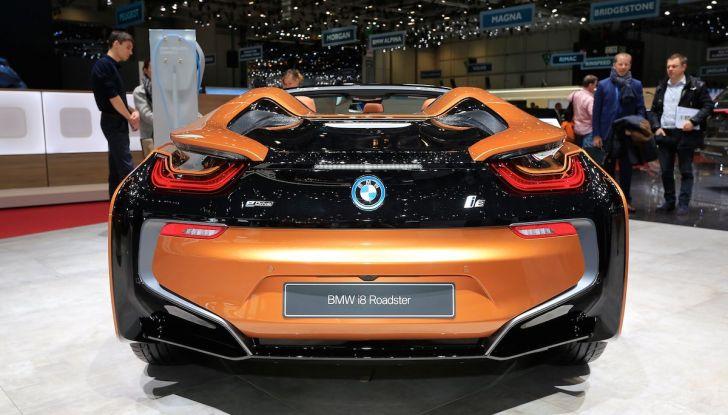 BMW i8 Roadster 2018: Caratteristiche, prezzi e prestazioni - Foto 5 di 9