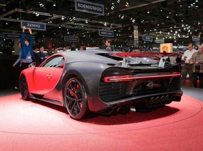 Bugatti Chiron Sport, la pista è il suo mestiere - Foto 10 di 20