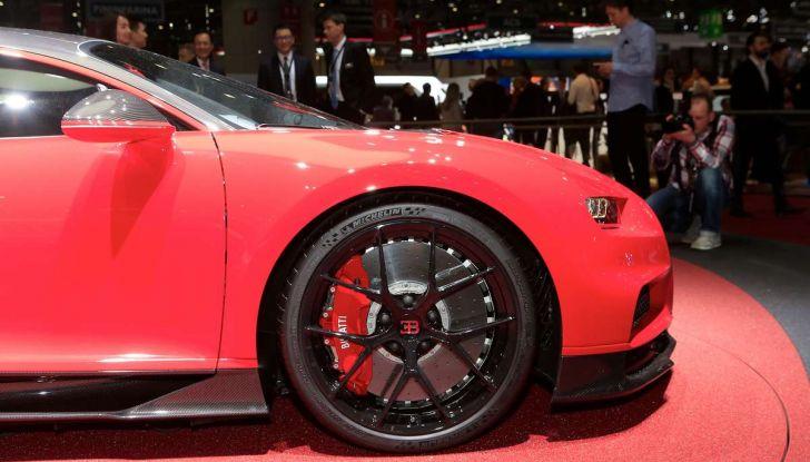 Bugatti Chiron Sport, la pista è il suo mestiere - Foto 11 di 20