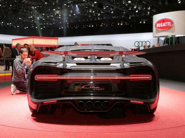 Bugatti Chiron Sport, la pista è il suo mestiere - Foto 15 di 20