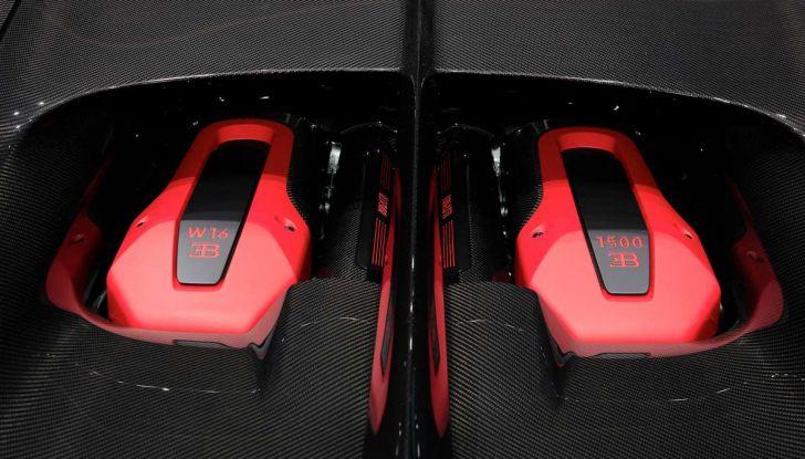 Bugatti Chiron Sport, la pista è il suo mestiere - Foto 17 di 20