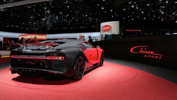 Bugatti Chiron Sport, la pista è il suo mestiere - Foto 18 di 20