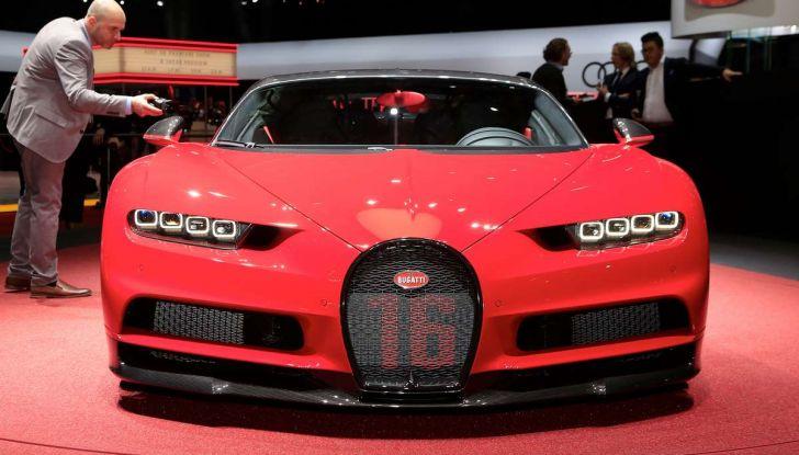 Bugatti Chiron Sport, la pista è il suo mestiere - Foto 2 di 20