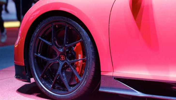 Bugatti Chiron Sport, la pista è il suo mestiere - Foto 7 di 20