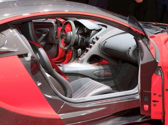 Bugatti Chiron Sport, la pista è il suo mestiere - Foto 8 di 20