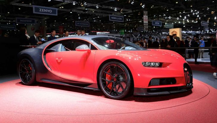 Bugatti Chiron Sport, la pista è il suo mestiere - Foto 1 di 20