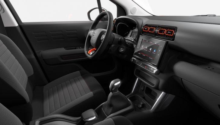 Citroën C3 Aircross, la prova su strada del 130CV: Crossover comodo e versatile - Foto 32 di 43