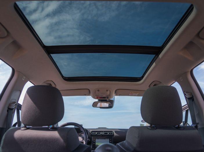 Citroën C3 Aircross, la prova su strada del 130CV: Crossover comodo e versatile - Foto 35 di 43