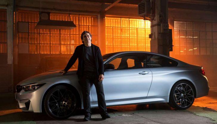 CoverYourPhone, la campagna sulla sicurezza stradale di BMW e Alex Zanardi - Foto 3 di 6