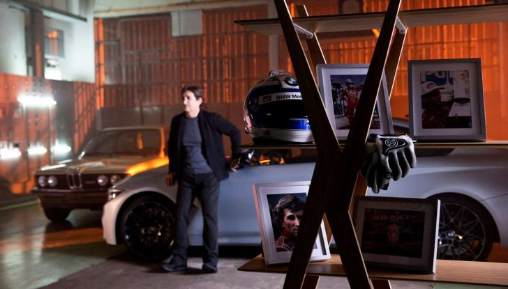 CoverYourPhone, la campagna sulla sicurezza stradale di BMW e Alex Zanardi - Foto 4 di 6