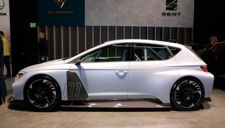 Cupra e-Racer, la prima GT 100% elettrica pronta per le corse - Foto 2 di 7