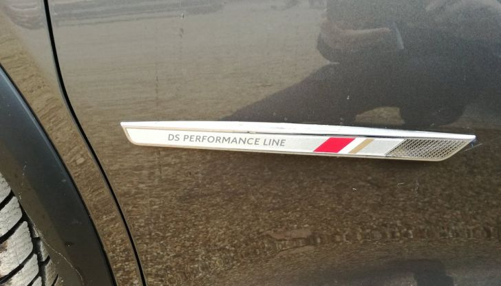DS7 Crossback, prova su strada del SUV Premium senza compromessi - Foto 18 di 27