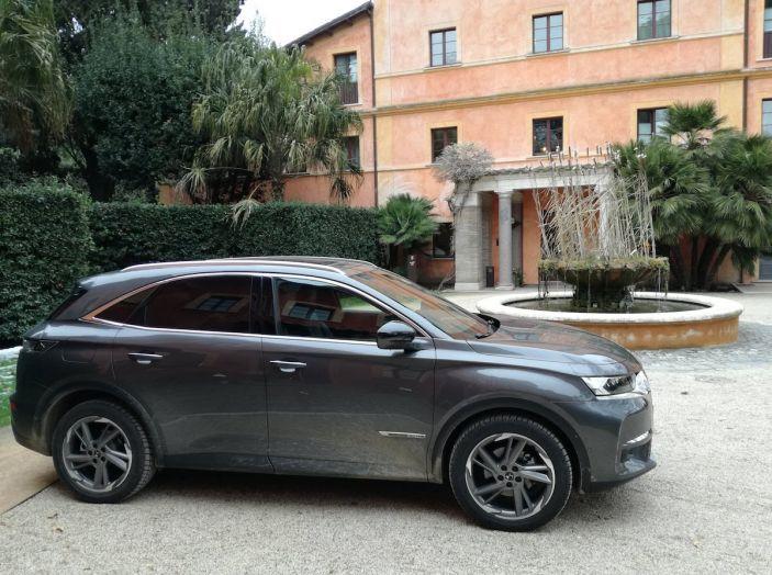 DS7 Crossback, prova su strada del SUV Premium senza compromessi - Foto 8 di 27