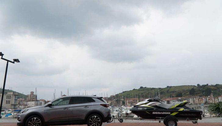 Opel Grandland X prova su strada, motorizzazioni e consumi - Foto 6 di 26