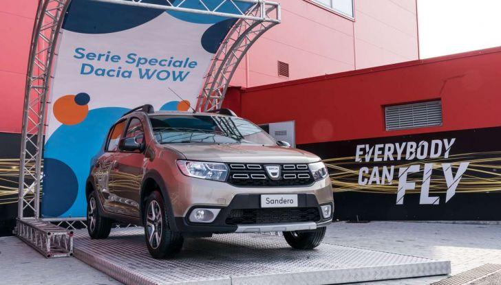 Dacia WOW, la serie speciale su Sandero, Lodgy e Dokker - Foto 1 di 10