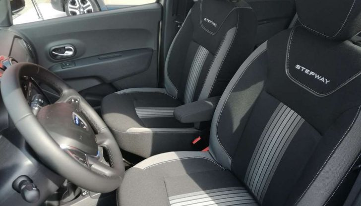 Dacia WOW, la serie speciale su Sandero, Lodgy e Dokker - Foto 10 di 10