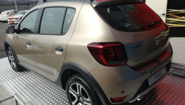 Dacia WOW, la serie speciale su Sandero, Lodgy e Dokker - Foto 7 di 10