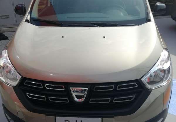 Dacia WOW, la serie speciale su Sandero, Lodgy e Dokker - Foto 8 di 10