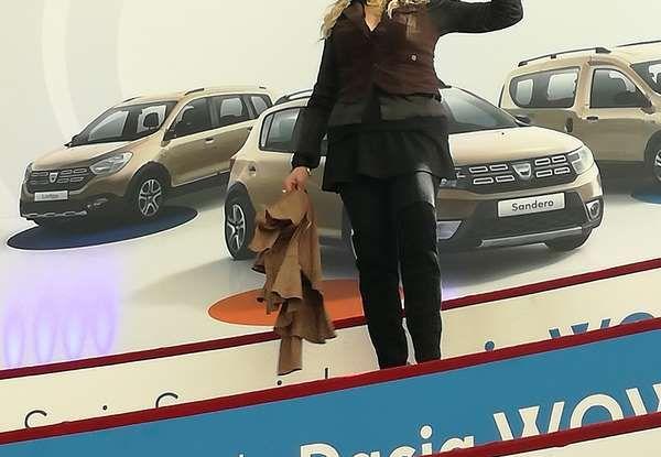 Dacia WOW, la serie speciale su Sandero, Lodgy e Dokker - Foto 9 di 10