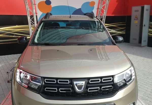 Dacia WOW, la serie speciale su Sandero, Lodgy e Dokker - Foto 5 di 10