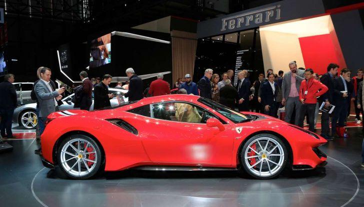 Ferrari 488 Pista, il V8 più potente di sempre - Foto 2 di 15