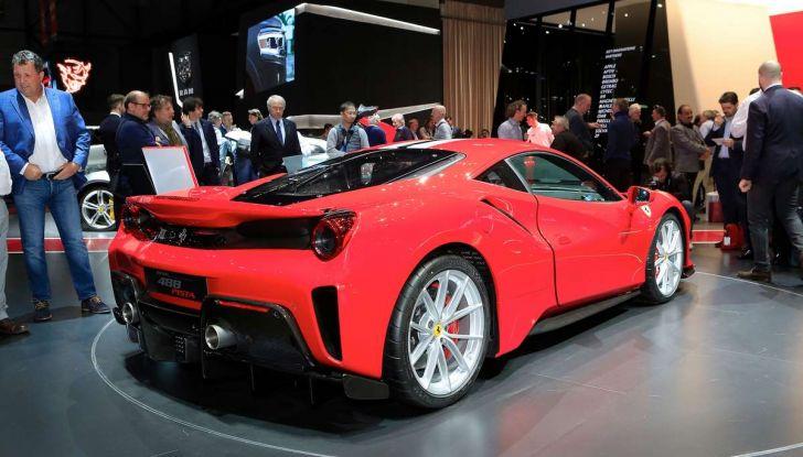 Ferrari 488 Pista, il V8 più potente di sempre - Foto 11 di 15